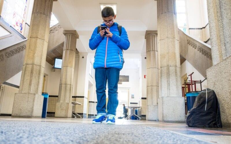 Mobiele telefoons en sociale media
