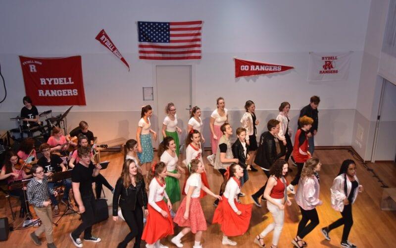 FABklas, Musical en Podium Populier
